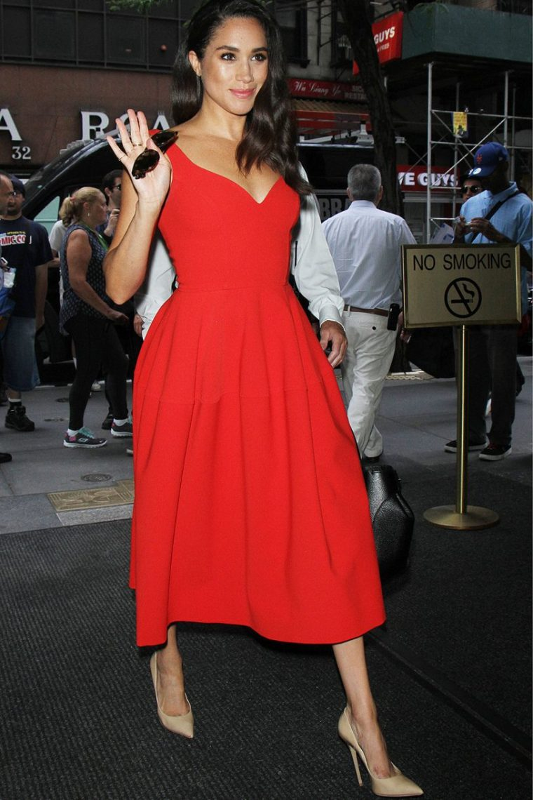 meghan-markle-red-dress-813x1220.jpg